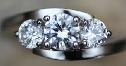 Vegan Friendly Diamond Ring - Donato