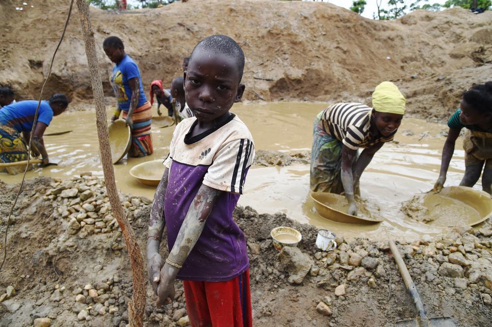Child labour - diamond mining