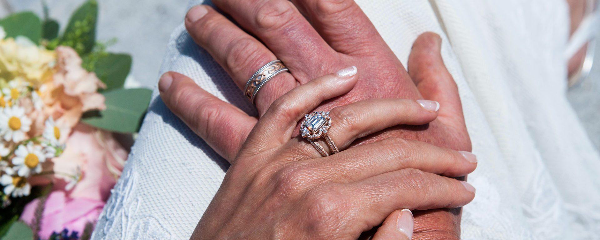 Platinum rose gold engagement ring wedding band