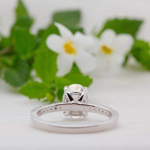 Conflict Free Oval Diamond Engagement Ring - Aesa - Ethica Diamonds