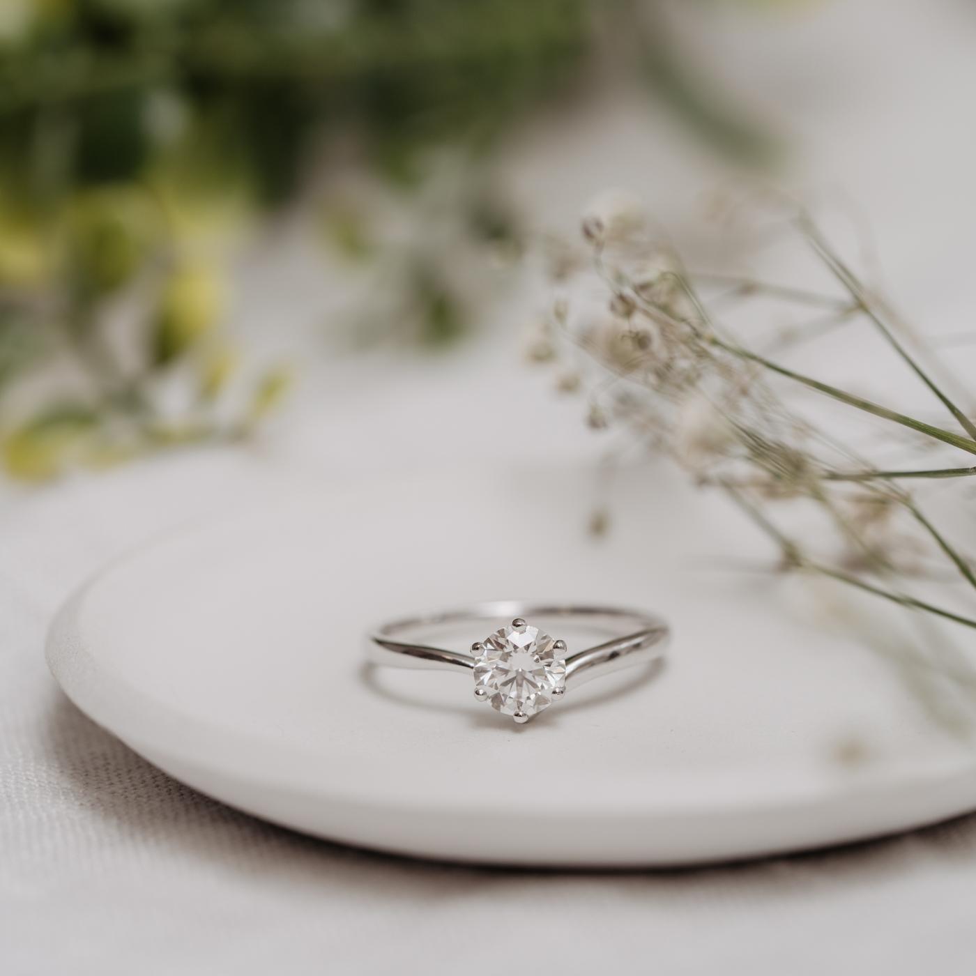 Sustainable Solitaire Engagement Ring | Akilina | Ethica Diamonds UK
