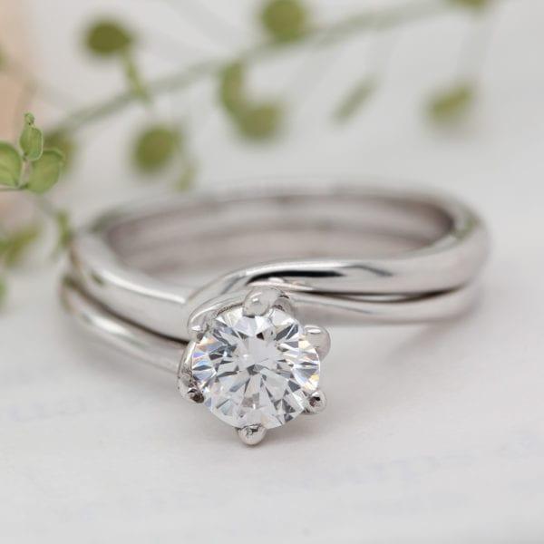 Sustainable Diamond Engagement Ring - Eleos