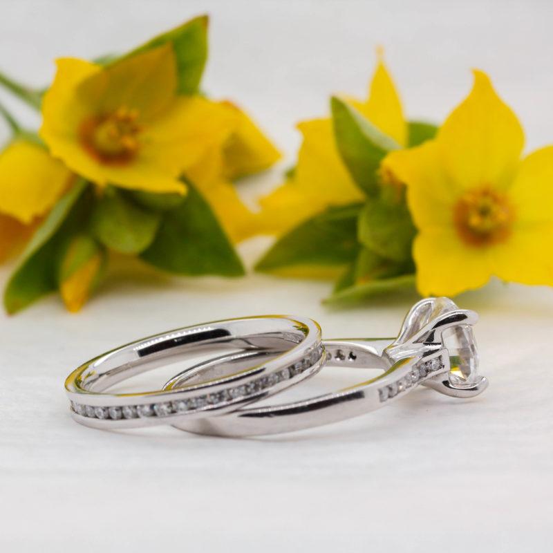 Sustainable Shoulder Set Diamond Engagement Ring -Harmonie - Ethica
