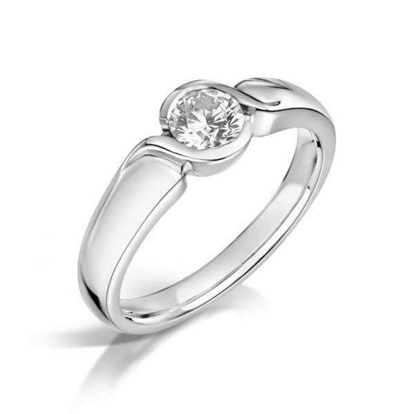 Vegan Friendly Diamond Ring - Marina