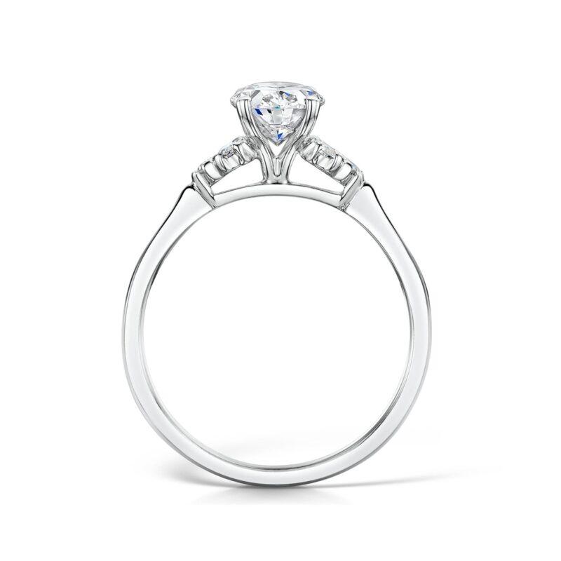 trefoil oval diamond vintage ring