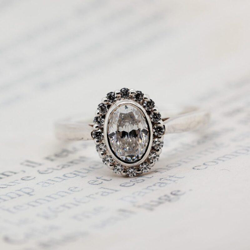Sustainable Diamond Halo Ring - Lenore