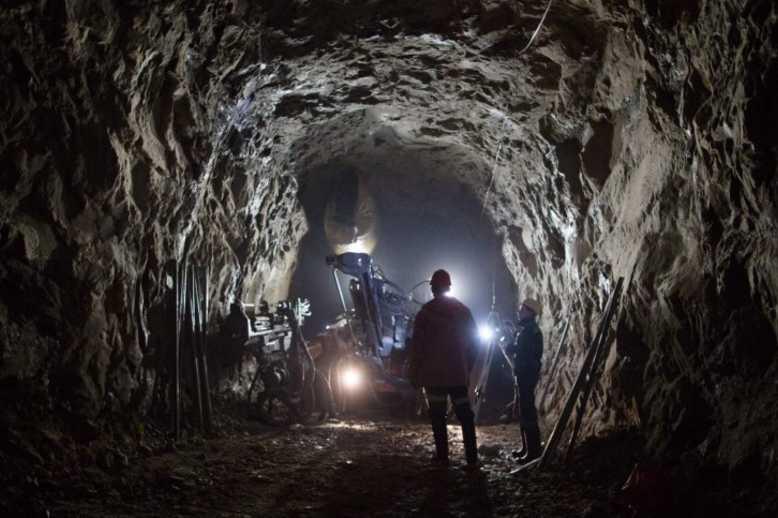 underground diamond mining
