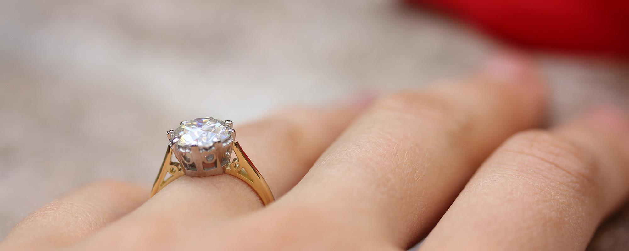 Choosing The Perfect Diamond - Cut Clarity Colour Diamonds | Ethica UK