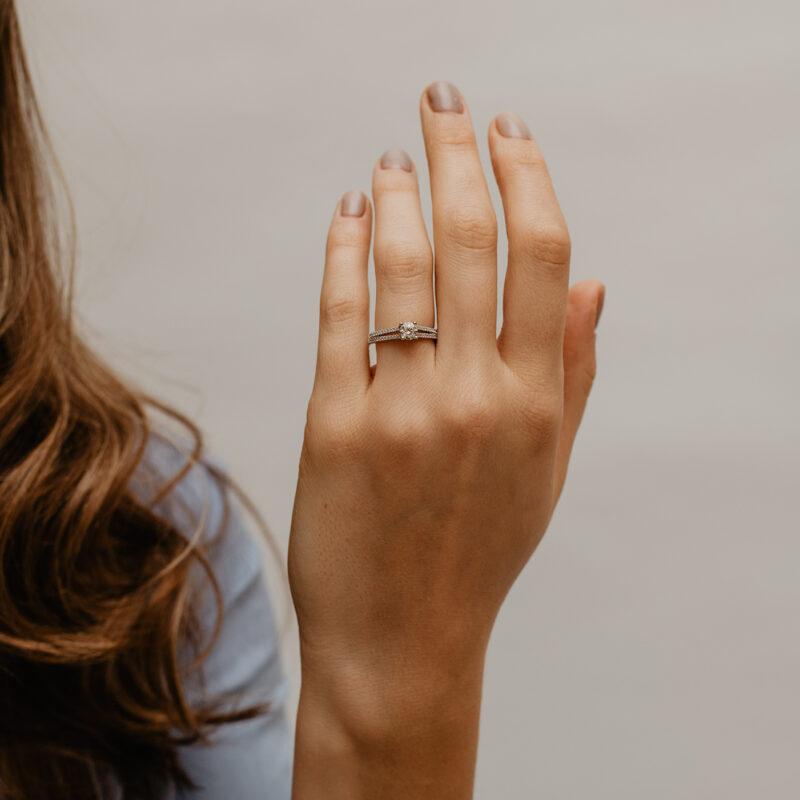 Split Shoulder Four Claw Engagement Ring | Torie | Ethica Diamonds