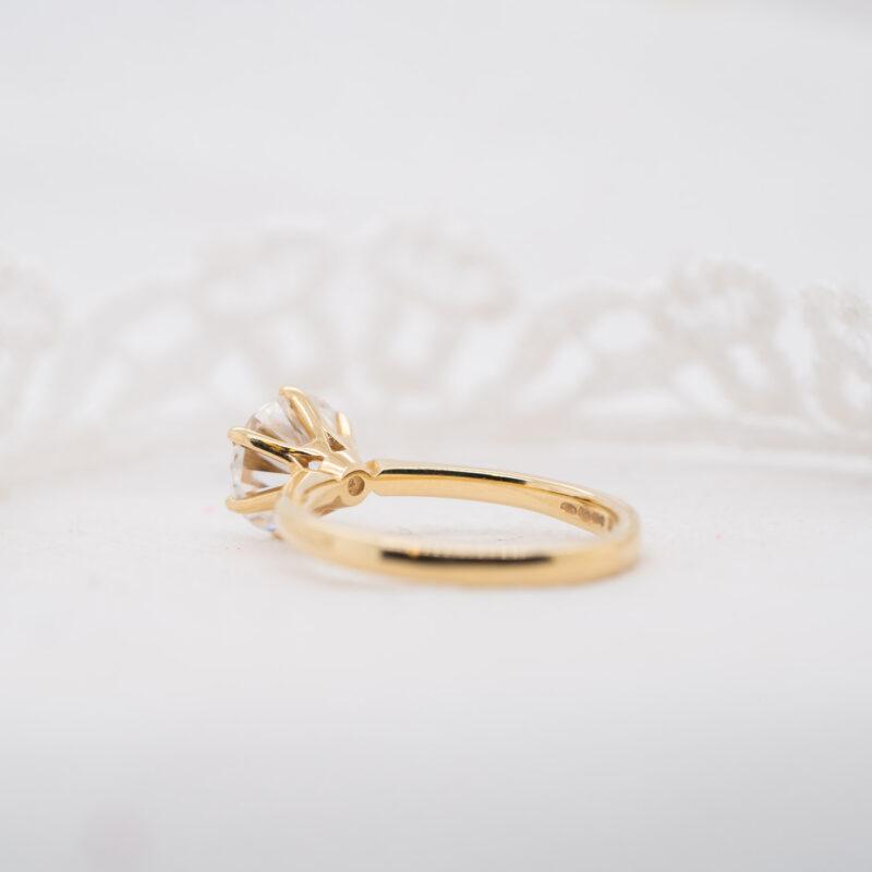 Eco-Conscious Diamond Engagement Ring | Cyra | Ethica Diamonds UK